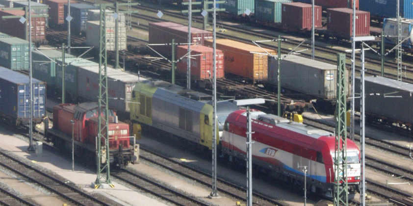 Port of Hamburg moves more cargo by rail and is well equipped for further growth