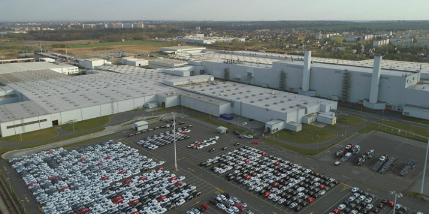 Groupe PSA to produce large vans by end of 2021 in Gliwice, Poland